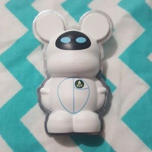 Disney Pixar Eve Vinylmation Pin